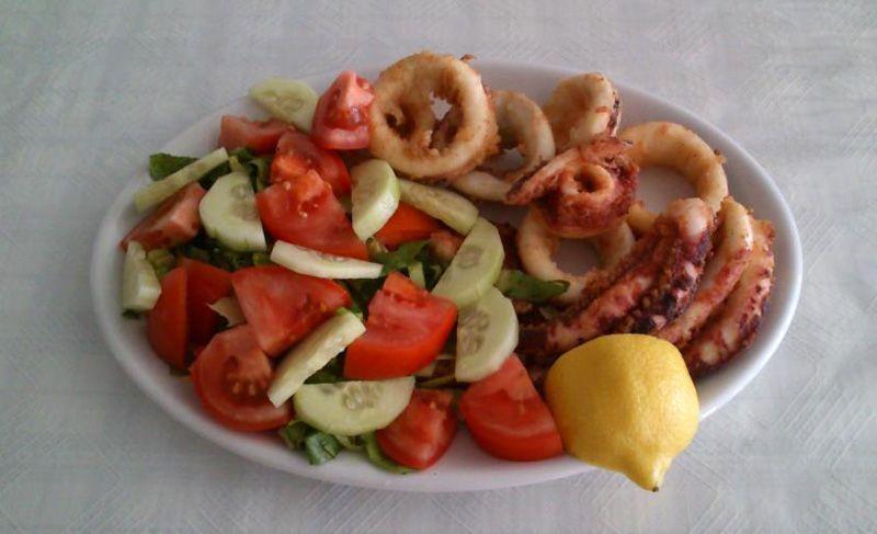 santorini-restaurant-food-3