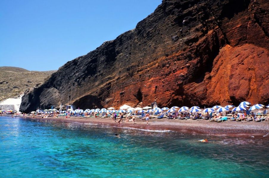 oi-mageytikes-paralies-sth-santorinh-seascape-and-red-beach-of-santorini-island-greece-133-4057